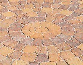 Paving circles