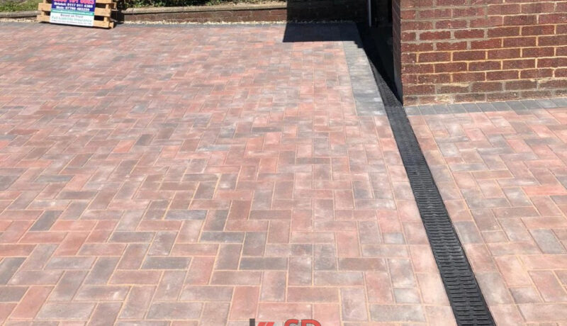 Brindle and Charcoal Block Paved Driveway in Thornbury, Bristol