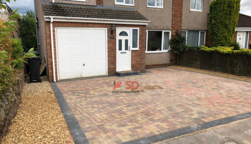 Brindle and Charcoal Block Paved Driveway with Gravel Patch in Bristol
