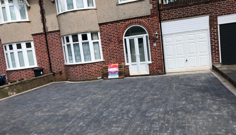 Charcoal Paved Driveway with Natural Grey Border in Downend, Bristol